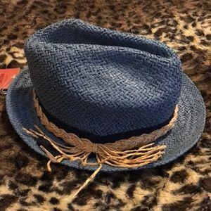 NWT TRENDY STRAW HAT